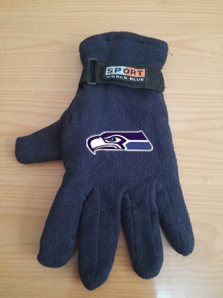 Seahawks Winter Velvet Warm Sports Gloves5