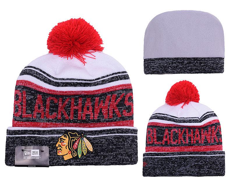 Blackhawks Team Logo Black & White Knit Hat YP