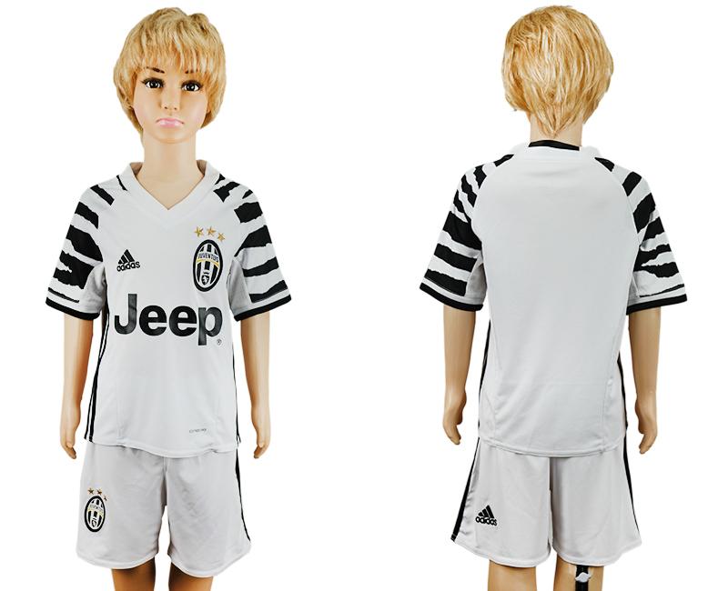 2016-17 Juventus Third Away Youth Soccer Jersey
