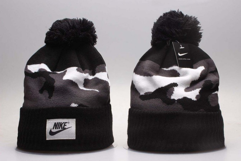 Nike Fresh Logo Knit Hat YP