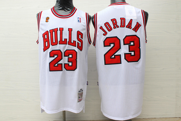Bulls 23 Michael Jordan White 1995-96 Champions Hardwood Classics Jersey