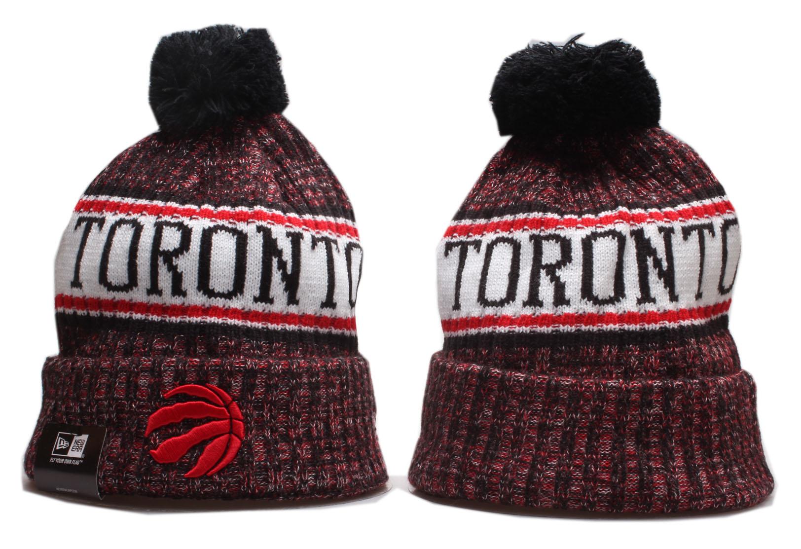 Raptors Team Logo Cuffed Pom Knit Hat YP