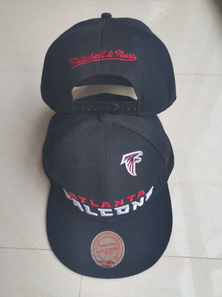 Falcons Team Logo Black Mitchell & Ness Adjustable Hat LT