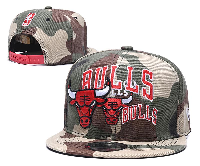 Bulls Team Logo Camo Adjustable Hat LH