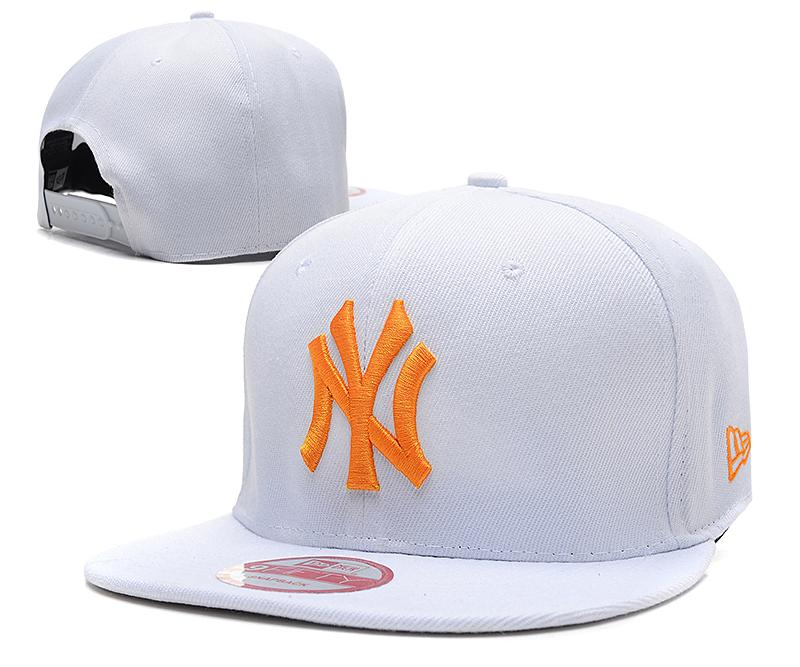 Yankees Team Logo White Adjustable Hat SG