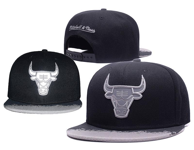 Bulls Team Logo Black Silver Mitchell & Ness Adjustable Hat GS