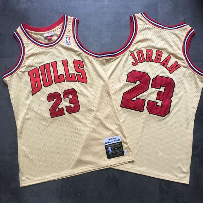 Bulls 23 Michael Jordan Cream 1995-96 Hardwood Classics Mesh Jersey