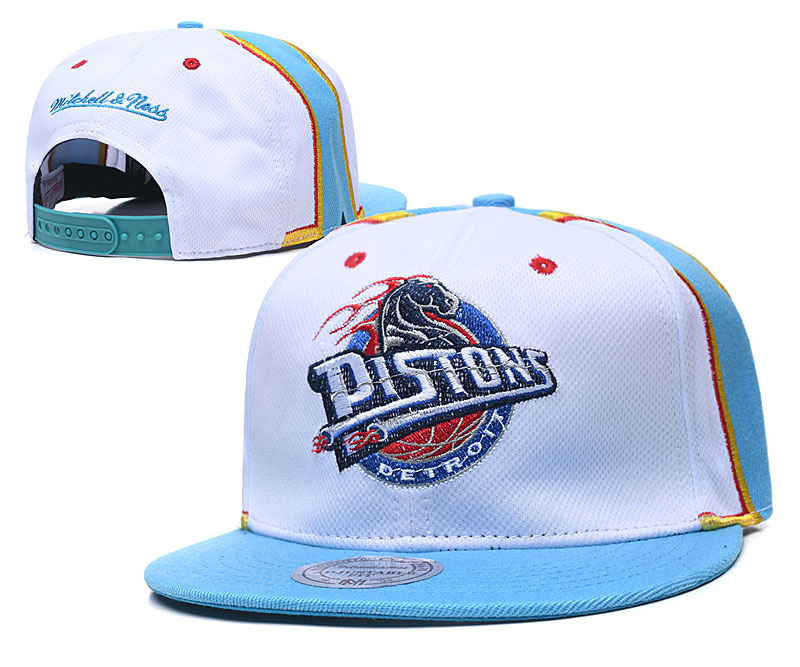 Pistons Team Logo White Mitchell & Ness Adjustable Hat TX