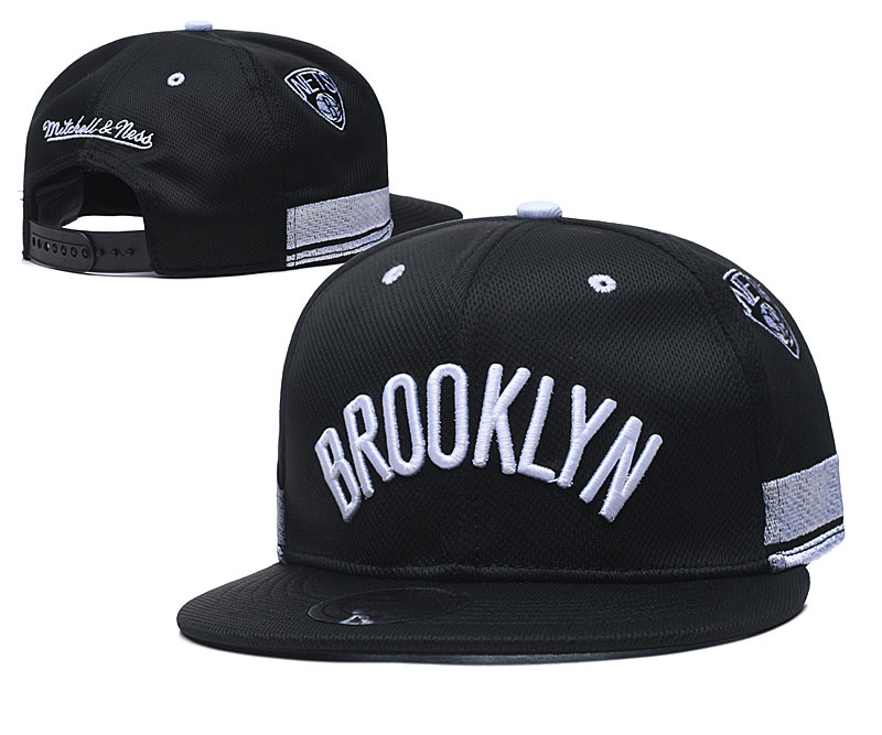 Nets Team Logo Black Mitchell & Ness Adjustable Hat TX
