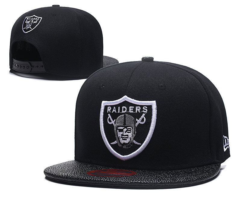Raiders Team Logo All Black Adjustable Hat LT