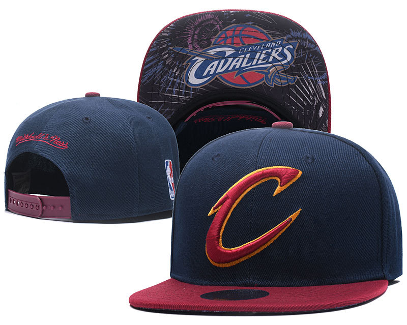 Cavaliers Team Logo Navy Mitchell & Ness Adjustable Hat LH