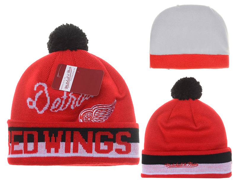Red Wings Fashion Beanie YD2