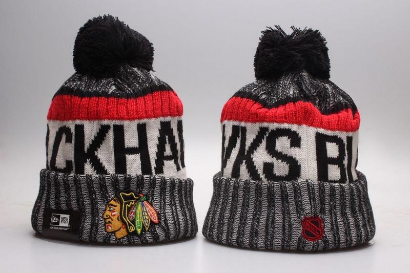 Blackhawks Team Logo Knit Hat YP