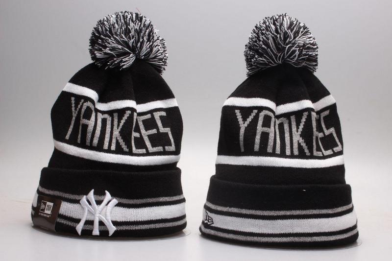 Yankees Team Logo Knit Hat YP