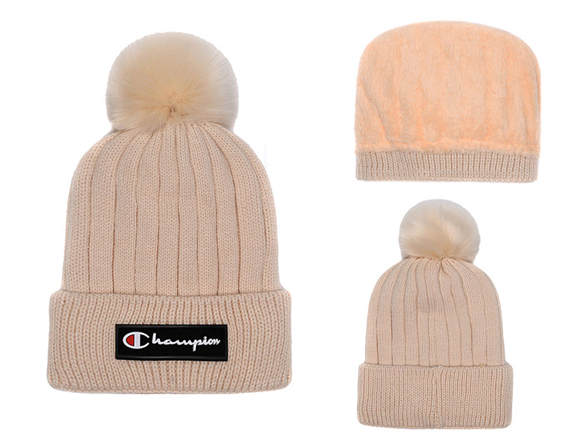Champion Fresh Logo Cream Fashion Knit Hat SG