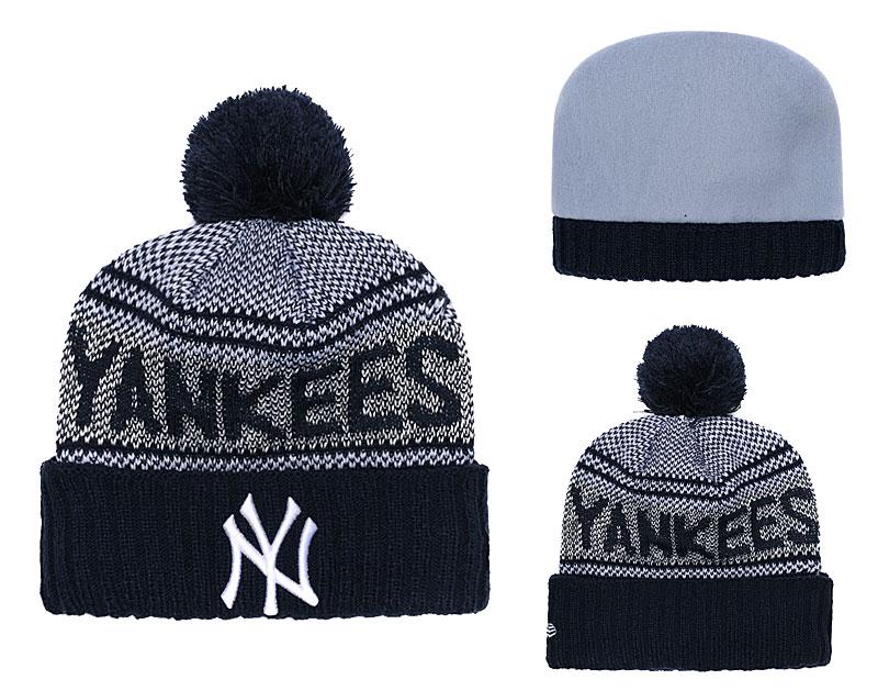 Yankees Fresh Logo Navy Pom Knit Hat YD