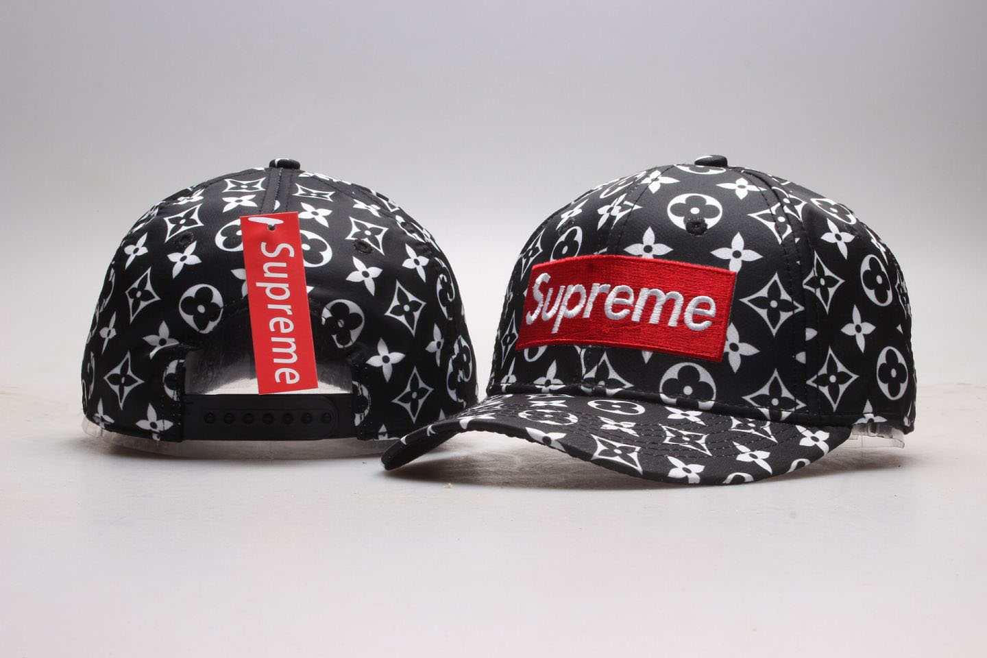 Supreme Fresh Logo Black Snapback Adjustable Hat YP