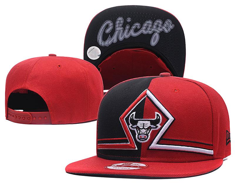 Bulls Team Logo Red Split Adjustable Hat GS