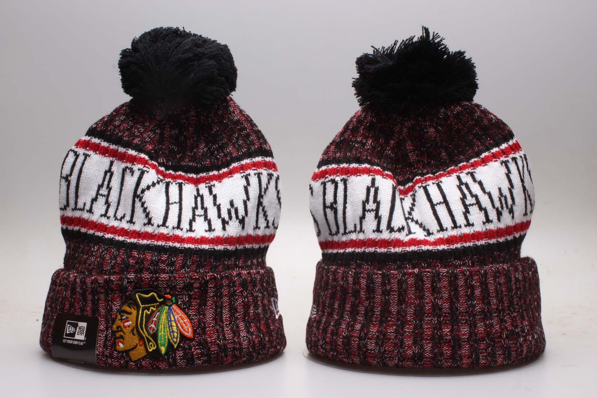 Blackhawks Fresh Logo Black Knit Hat YP