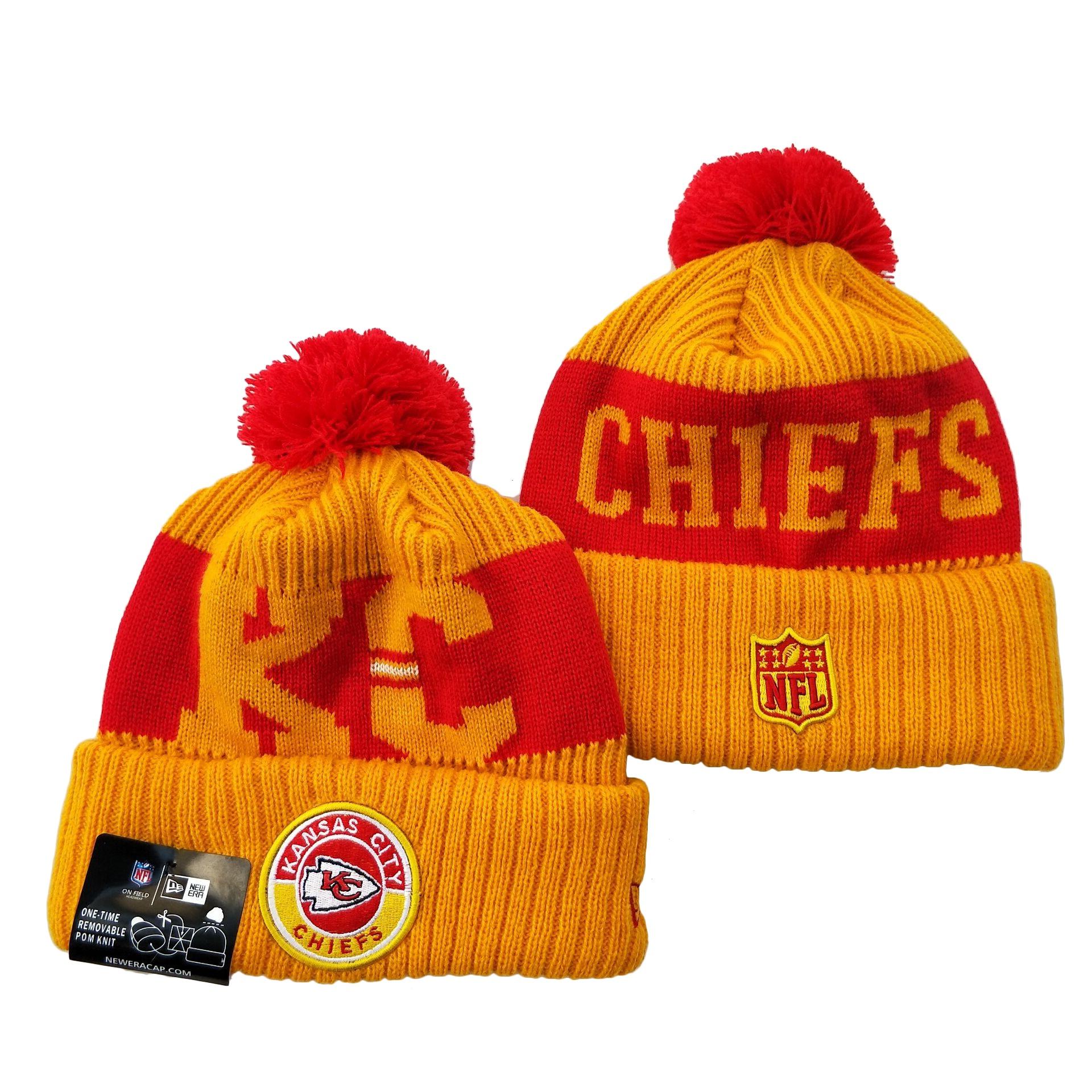 Chiefs Team Logo Yellow 2020 NFL Sideline Pom Cuffed Knit Hat YD
