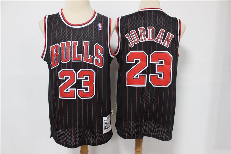 Bulls 23 Michael Jordan Black 1995-96 Hardwood Classics Jersey