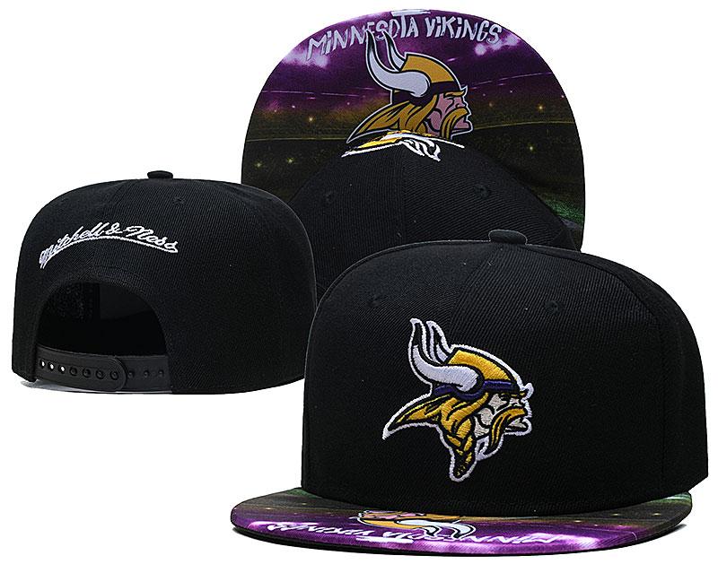 Vikings Team Logo Black Mitchell & Ness Adjustable Hat LH