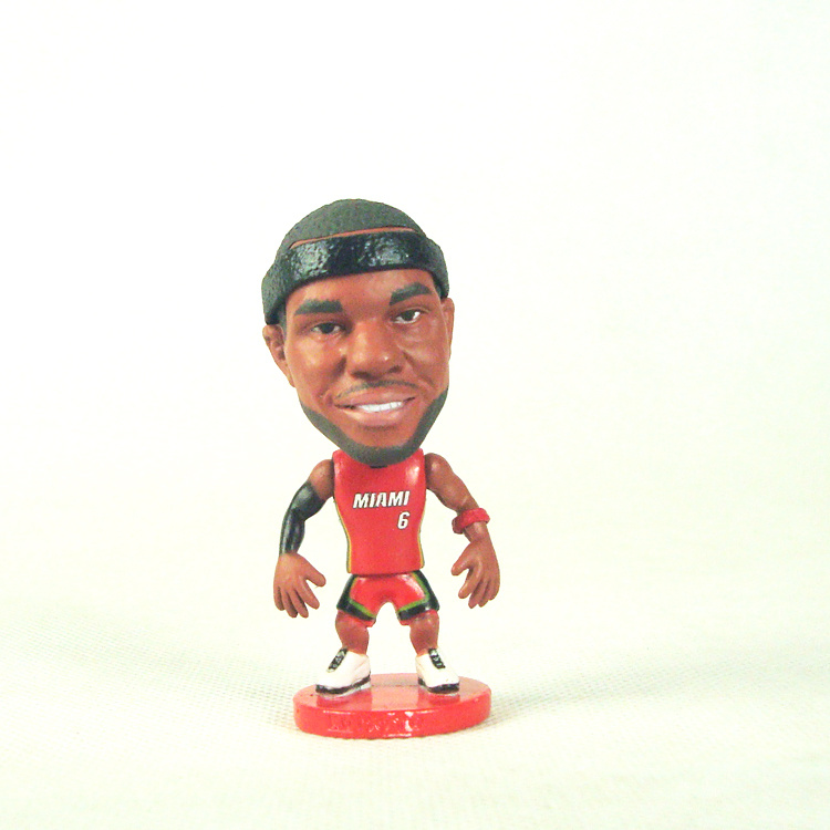 Heat 6 LeBron James Action Figure01